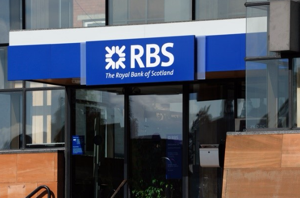 Major banks add crowdfunder to alternative lender panel