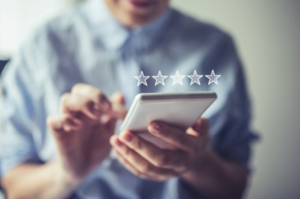 Vantage Finance achieves 100 five-star reviews on Feefo