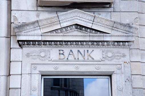 FCA fines bank over £3m for anti-money laundering failures